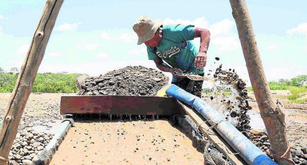 Crece la producción informal de oro en la región Puno