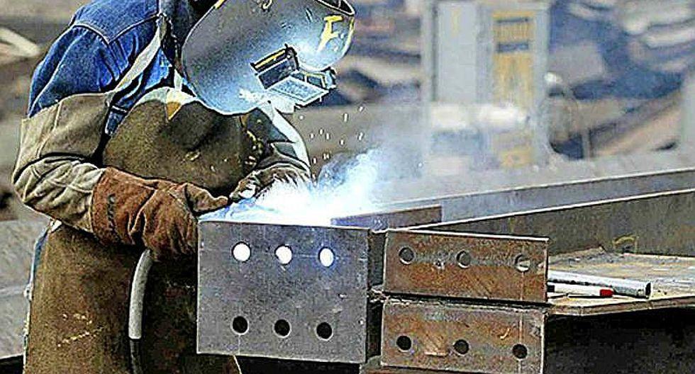 Producción manufacturera crece 20.3% en abril por pesca y actividad industrial