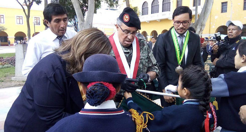 Congresista Donayre pide servicio militar obligatorio