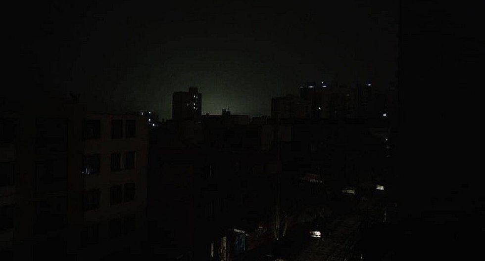 Apagón en Lima: reportan corte de energía eléctrica en varios distritos de la capital