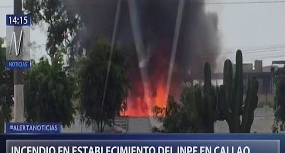Incendio se registra en local administrativo del INPE en el Callao (VIDEO)