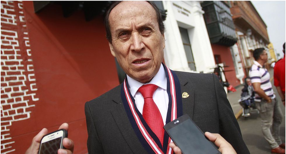 """Dante Chávez: """"La Contraloría debe investigar los gastos de consultorías"""""""