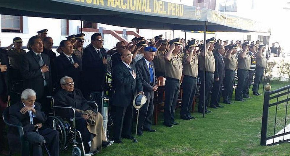13 policías de Arequipa reciben reconocimiento por intervenciones destacadas