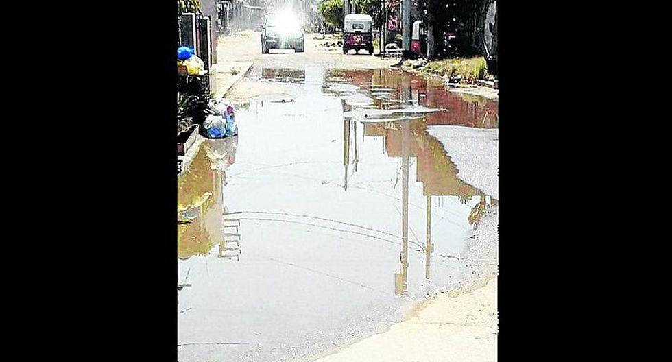 Vecinos de Horno Viejo protestan por colapso de desagües